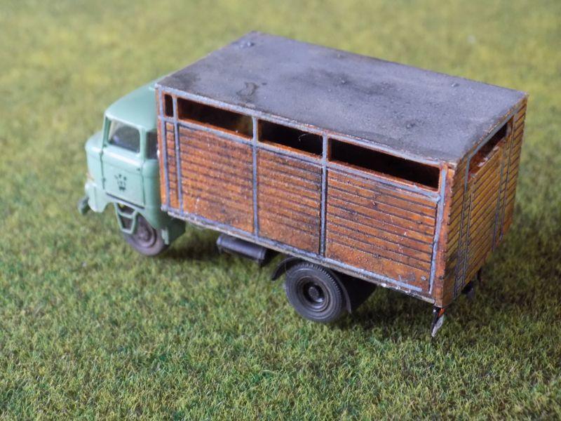 IFA W50 mit Viehaufbau Vieh-010