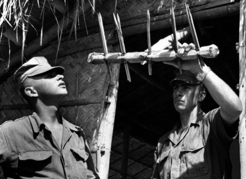 Les pièges en bambou Vietcong (Booby traps) partie 1 Booby_12