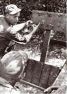 Les pièges en bambou Vietcong (Booby traps) partie 1 Boobyt10