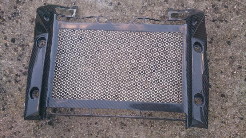 Cache radiateur carbonne pour CB1000R mise jour du prix Dsc_0014