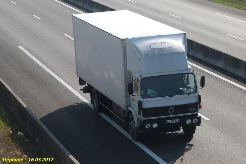 Renault  série G, M, S, JL, JK (moyens tonnages) - Page 10 P1370769