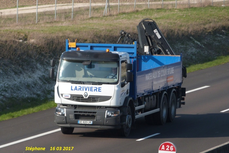 Lariviere (matériaux de couverture) (Angers, 49) P1370872