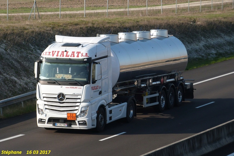 Vialat (Uzés, 30) P1370930