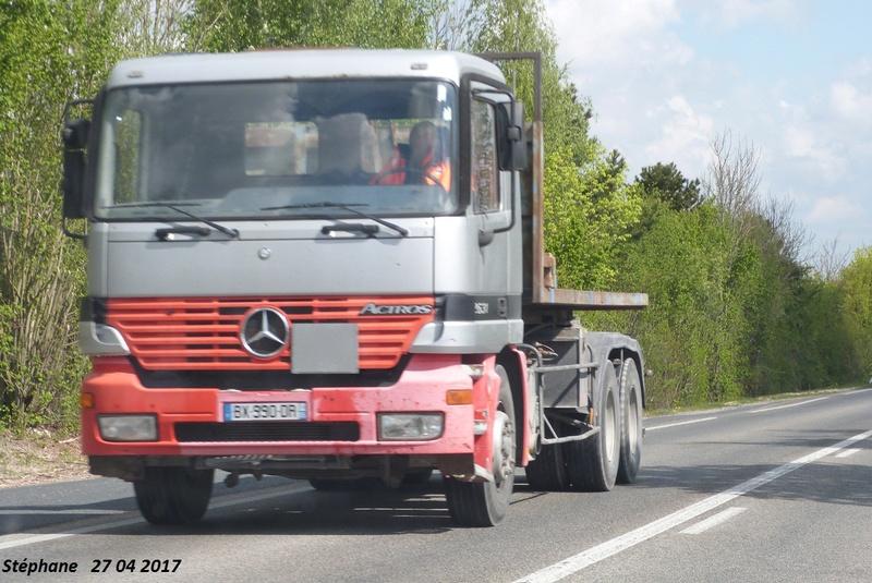 Mercedes Actros MP 1,2 et 3 - Page 13 P1380177