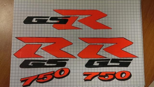Autocollant GSR et 750 de couleur - Page 3 Imag0110