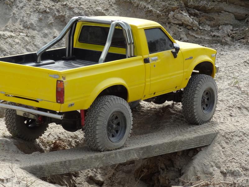 Mon Toyota Hilux Jaune Dsc07217