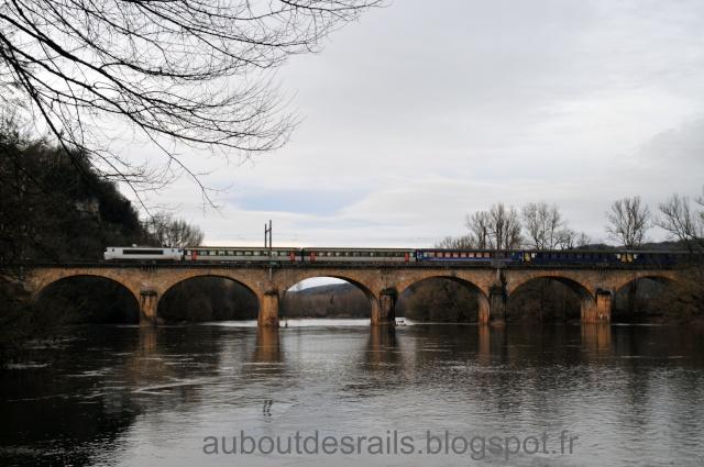 Pk 543,8 : Halte de La Chapelle-de-Mareuil (46) Dsc_8911