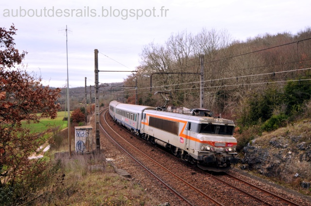 Pk 543,8 : Halte de La Chapelle-de-Mareuil (46) Dsc_9010