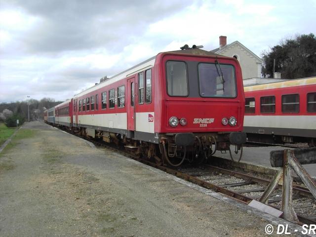 * Pk 590,1 : Gare de Sarlat (24) - Page 2 Pict5911