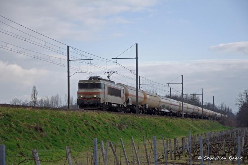 Photos et vidéos de la ligne Bordeaux - Toulouse - Narbonne - Sète (Fil 3) - Page 4 _dsc6111