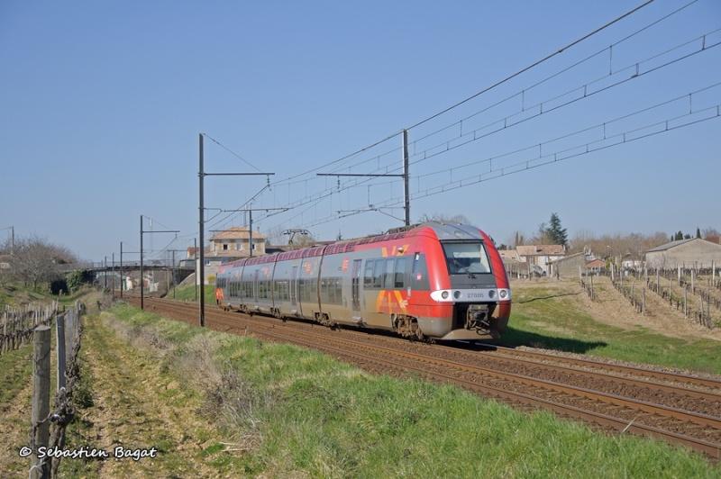 Photos et vidéos de la ligne Bordeaux - Toulouse - Narbonne - Sète (Fil 3) - Page 4 _dsc7111