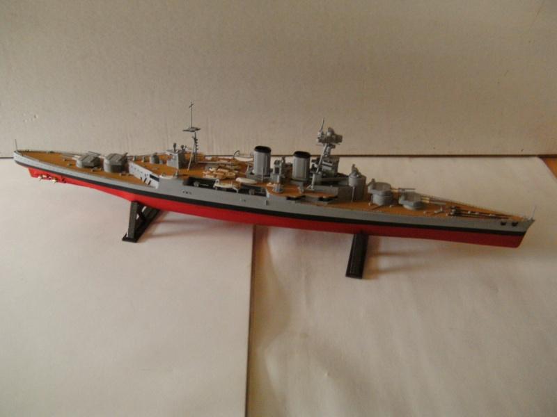H.M.S. Hood von Airfix in 1:600 Pict0015