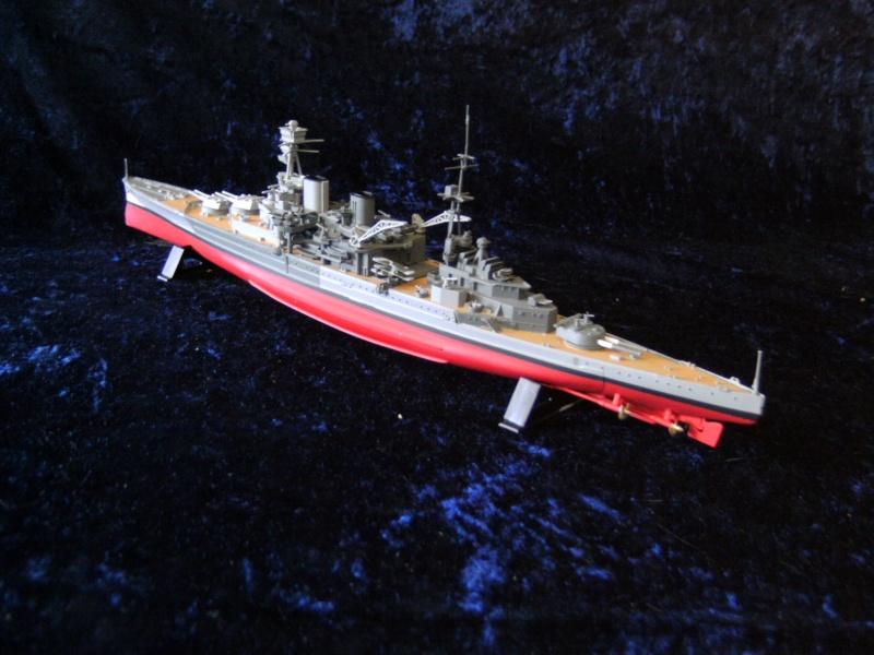H.M.S. Repulse von Airfix 1 : 600 Pict0046