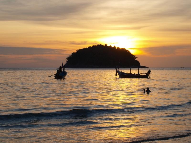 sur les plages de Thailande Pb156910