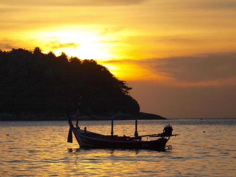 sur les plages de Thailande Pb156911