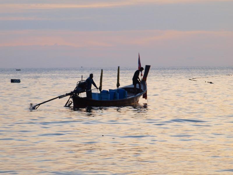 sur les plages de Thailande Pb156913