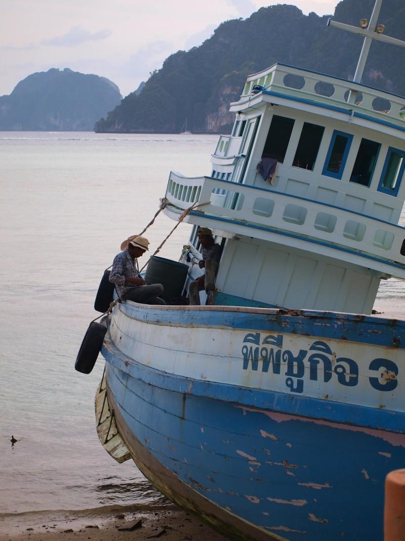 sur les plages de Thailande Pb187212