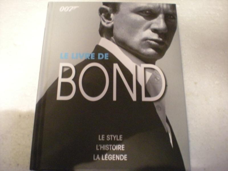 Livres sur James Bond 007 Dscn8287