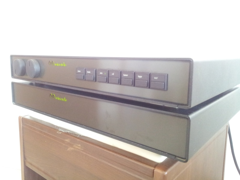 Naim NAC92 Pre-Amplifier and NAP-90 Stereo Power Amplifier  20151111