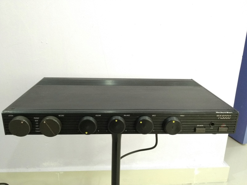 Mordaunt Short MS-A5000 England Made Stereo Amplifier with MM and MC Img_2244