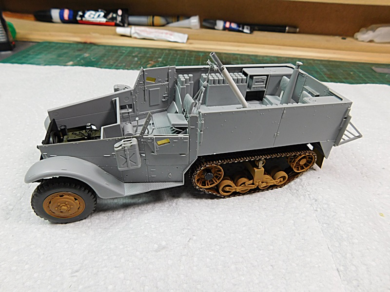 Community Build 20: Any tracked military vehicle. - Page 2 00125