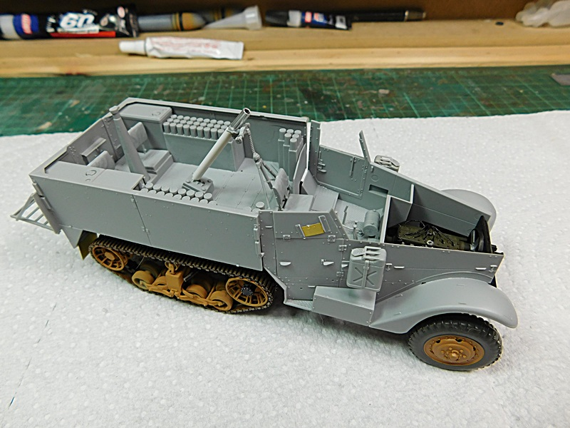 Community Build 20: Any tracked military vehicle. - Page 2 00323