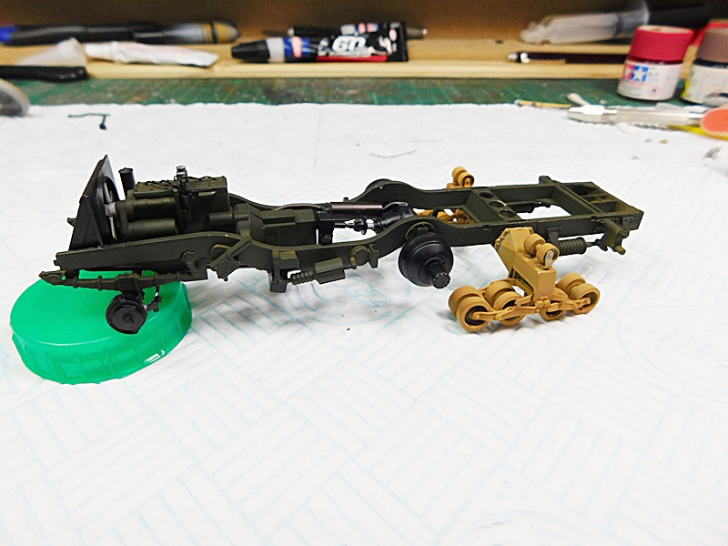 Community Build 20: Any tracked military vehicle. 00719