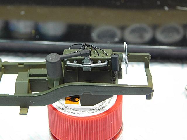 Community Build 20: Any tracked military vehicle. 01413