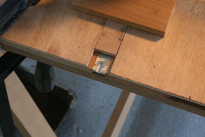 [Fabrication] Guide de coupe angulaire pour scie à format. - Page 2 007_co10