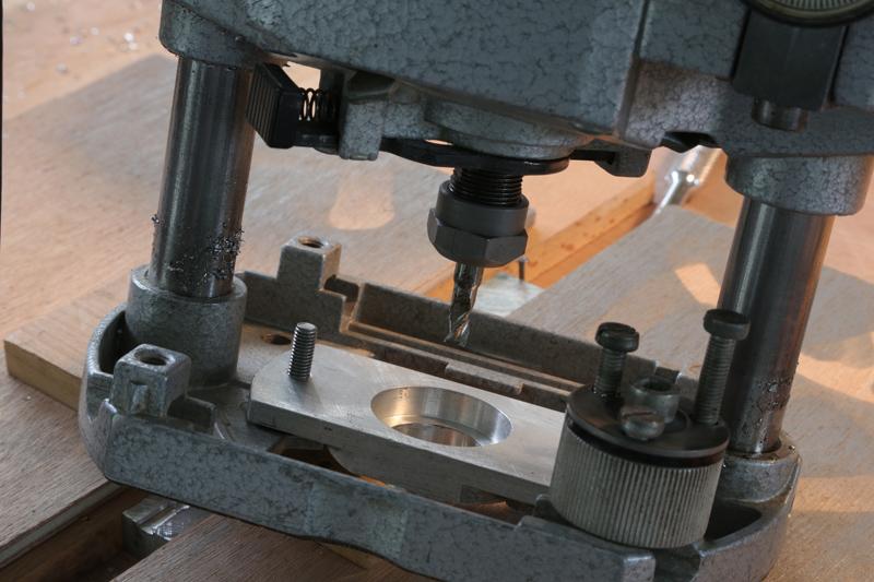 [Fabrication] Guide de coupe angulaire pour scie à format. - Page 2 011_co10