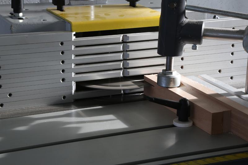[Fabrication] Guide de coupe angulaire pour scie à format. - Page 2 02_fav10