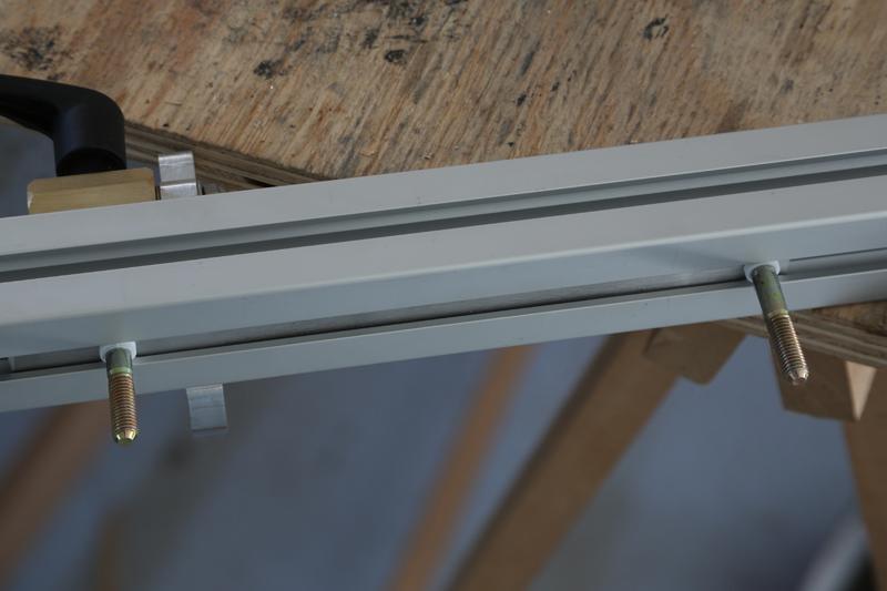 [Fabrication] Guide de coupe angulaire pour scie à format. - Page 2 02_fav15