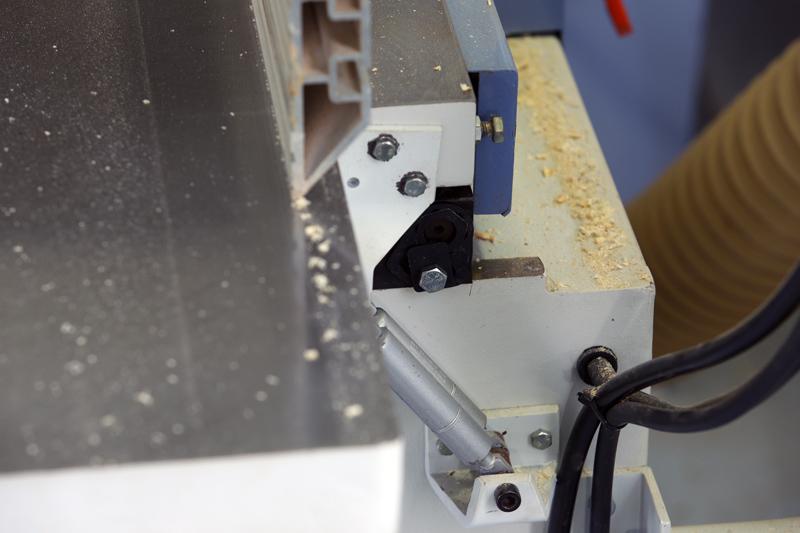 Motorisation table raboteuse (voir p.13) et amélioration R/D Holztech FS320 (première partie)  - Page 8 03_nov15
