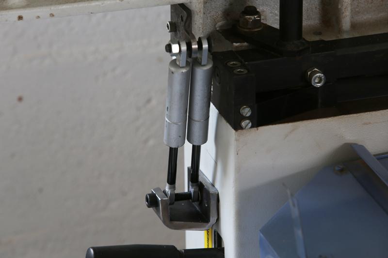 Motorisation table raboteuse (voir p.13) et amélioration R/D Holztech FS320 (première partie)  - Page 6 13_oct13
