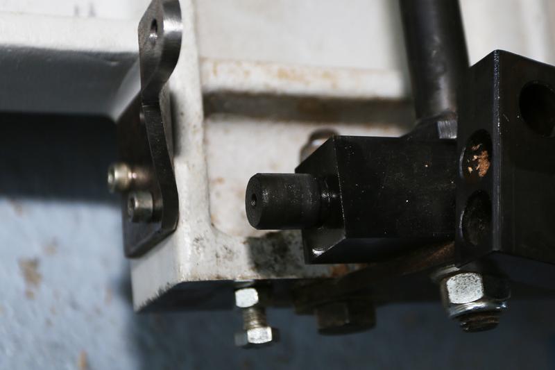Motorisation table raboteuse (voir p.13) et amélioration R/D Holztech FS320 (première partie)  - Page 7 13_oct33
