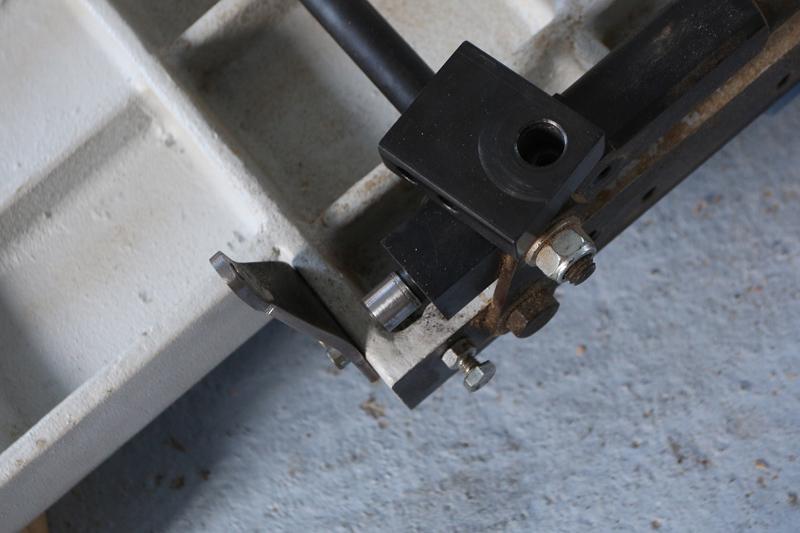 Motorisation table raboteuse (voir p.13) et amélioration R/D Holztech FS320 (première partie)  - Page 7 13_oct34