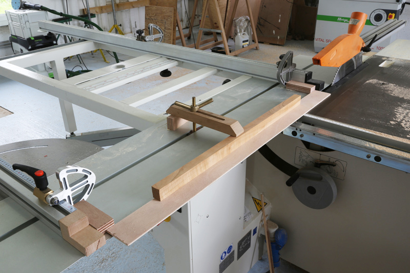 [Fabrication] Mini table basse  - Page 2 14_fav13