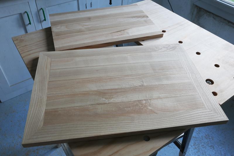 [Fabrication] Mini table basse  - Page 2 15_fav10