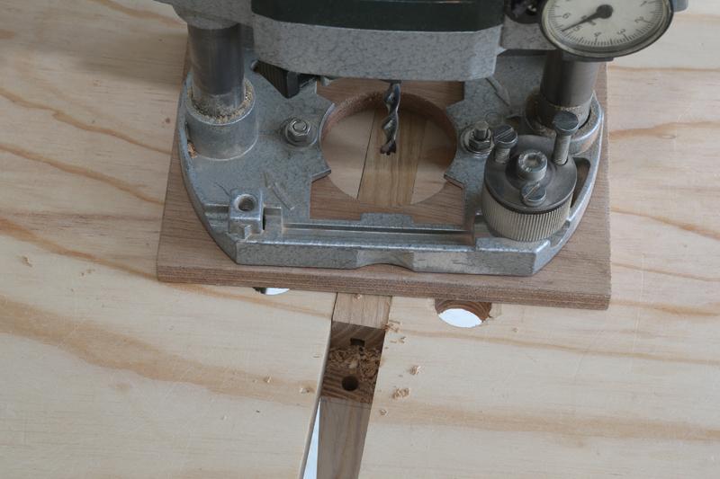 [Fabrication] Mini table basse  - Page 2 16_fav12