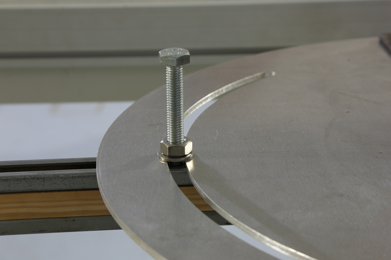 [Fabrication] Guide de coupe angulaire pour scie à format. 17_jan13