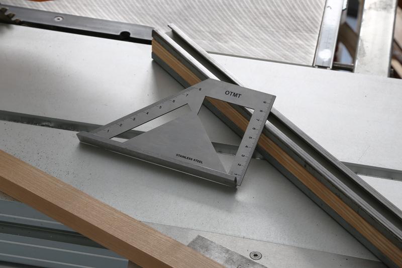 [Fabrication] Guide de coupe angulaire pour scie à format. 17_jan24