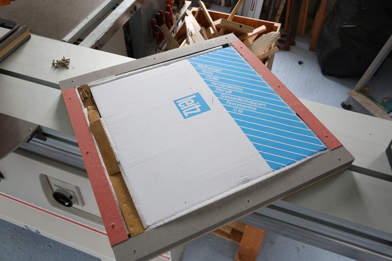 Table d'atelier basculante.  18_jan14
