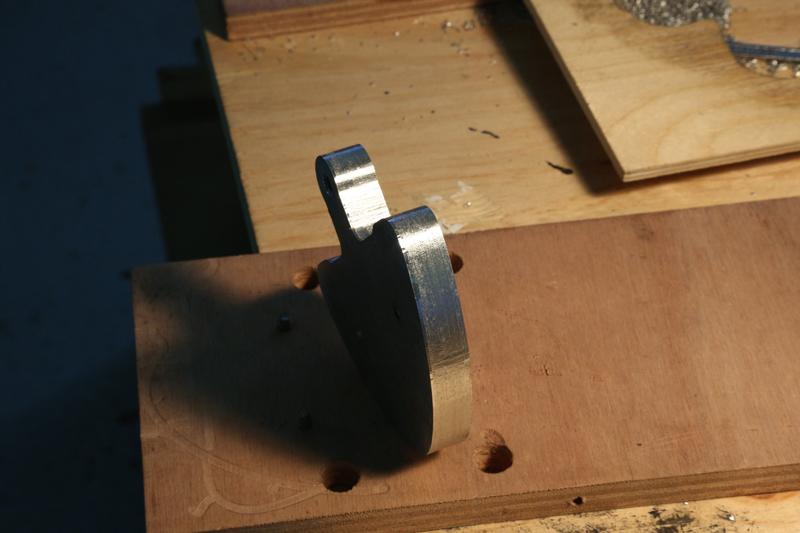 Fraisage de l'aluminium à la défonceuse. 22_jan14
