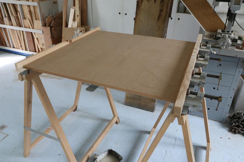 "[Fabrication] Table de salon ""hexaèdres""... - Page 2 24_mai13"