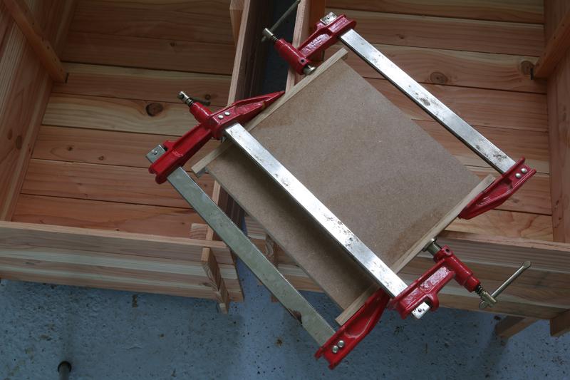 "[Fabrication] Table de salon ""hexaèdres""... - Page 2 24_mai16"