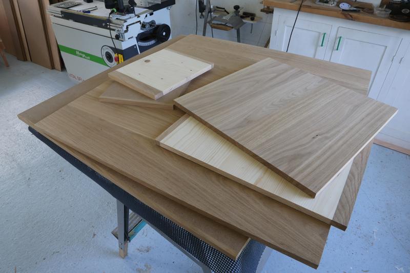 "[Fabrication] Table de salon ""hexaèdres""... - Page 2 24_mai20"
