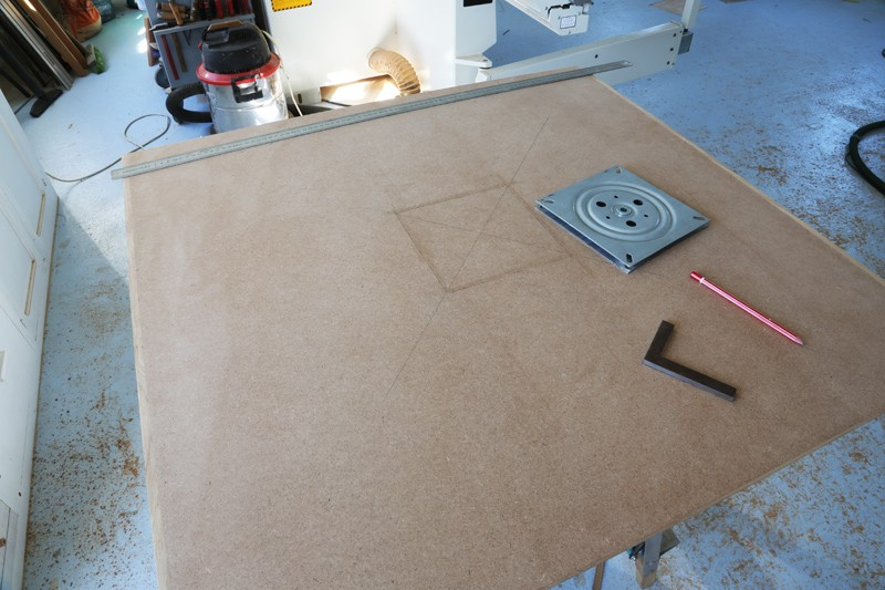 "[Fabrication] Table de salon ""hexaèdres""... - Page 2 26_mai12"