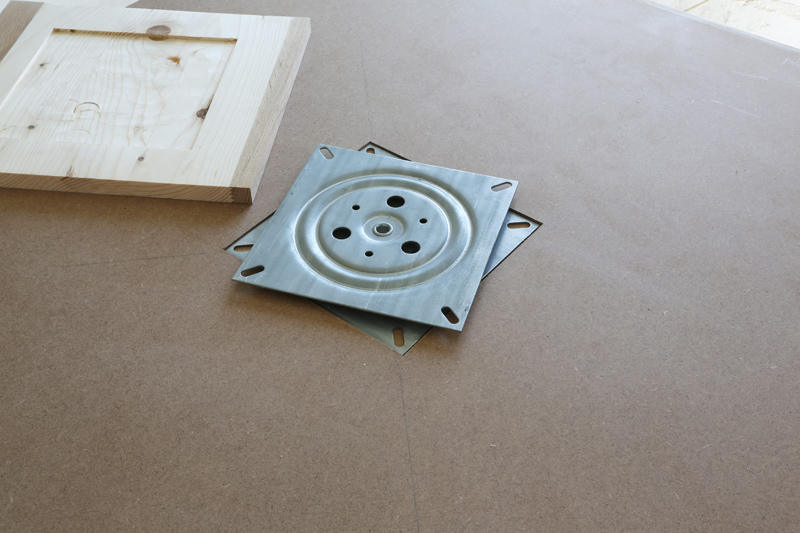 "[Fabrication] Table de salon ""hexaèdres""... - Page 2 26_mai14"