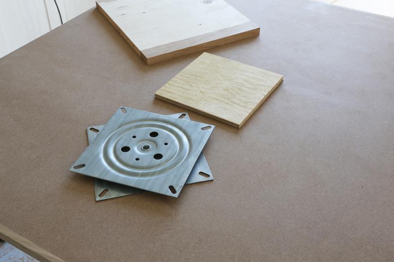 "[Fabrication] Table de salon ""hexaèdres""... - Page 2 26_mai15"