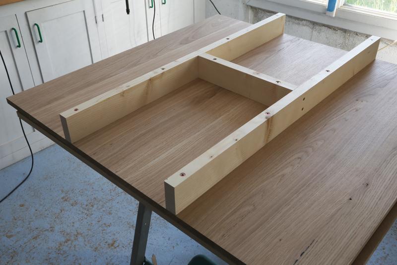 "[Fabrication] Table de salon ""hexaèdres""... - Page 2 26_mai27"